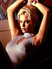Movie_2 Day in the Valley_CharlizeTheron