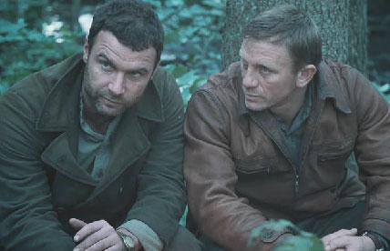Movie_Defiance_Daniel Craig_Liev Schreiber
