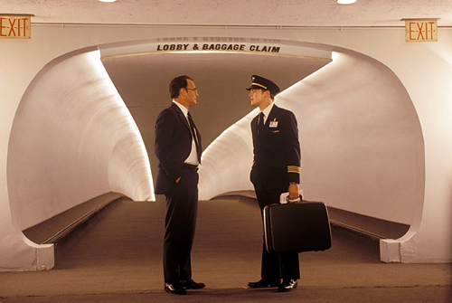 Movie_Catch Me If You Can_Tom Hanks_Leonardo Di Caprio
