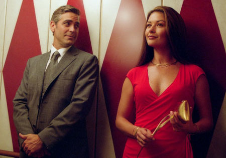 Movie_Intolerable Cruelty_George Clooney_Catherine Zeta-Jones